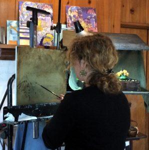 Regina Lyubovnaya sketches with a brush