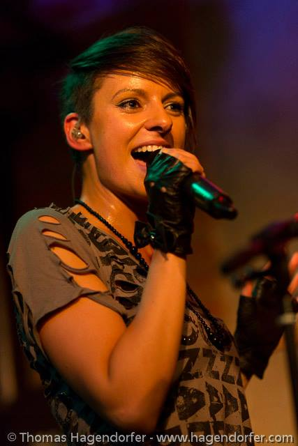 Radina Veliova Singing