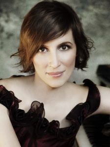 Nadejda Vlaeva performs Bortkiewicz